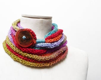 Knit Infinity Scarf Necklace, Loop Neckwarmer, Chunky Scarf, Circle Scarf - Multicolor Rainbow ombre yarn with big wood button - Handmade