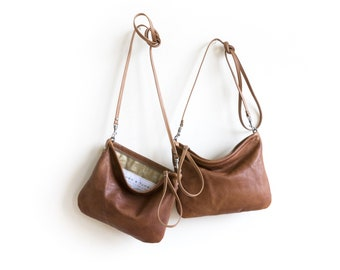 big sale - Crossbody Case in lightweight leather - medium - cross body bag - with clip on cross body strap - small leather bag