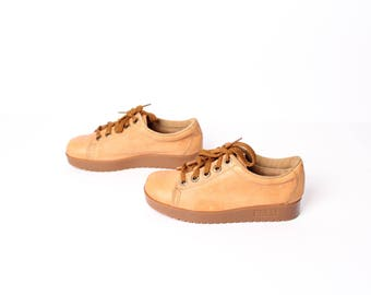 size 7 PLATFORM tan leather 70s 80s CHUNKY WEDGE lace up sneakers