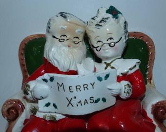 Vintage Mr. & Mrs. Santa Claus Figurine Bank, Merry Christmas Decoration, Santa Claus, Mrs. Clause, Enesco or Napco Like