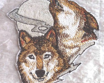 """Realistic Wolf Pair Howling at the Moon Embroidered Iron on Patch - Applique -  4"""" x 3.5""""  - FREE SHIPPING"""