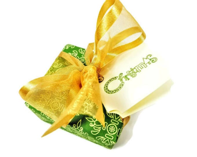 Artisan Green & Gold Christmas Soap Gift