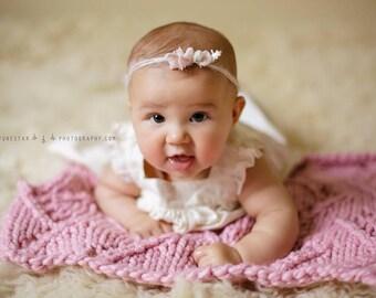 Baby Blanket Knit, Baby Blanket Girl, Knit Baby Blanket Pink, Knit Baby Blanket Girl, Knit Newborn Blanket Prop, Newborn Posing Blanket
