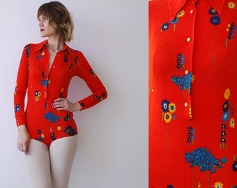 60s 70s soft jersey bodysuit. skinny jersey blouse. bright red floral bodysuit - small to medium