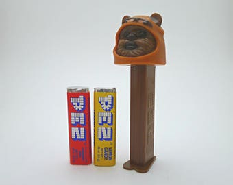 Wicket the Ewok Star Wars PEZ Dispenser, Star Wars Gift for Kids, Miniature Toy, Stocking Stuffer