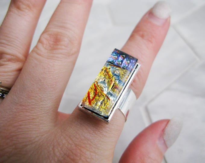 gift for her, rectangle glass cocktail ring, large dichroic glass ring, multicoloured glass, statement ring, costume jewelry, avant garde