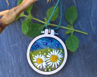 Needle felted mini hoop embroidery necklace pendant daisy fields ladies gifts