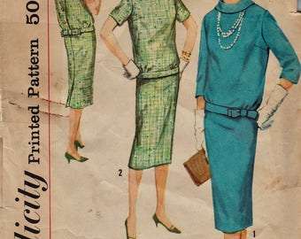Vintage 50s Sewing Pattern / Simplicity 2600 / Top And Skirt / Size 13 Bust 33