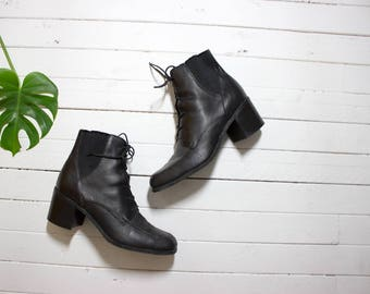 Vintage Ankle Boots 9 / Black Leather Ankle Boots / Lace Up Boots / Chelsea Boots / Ankle Boots Women