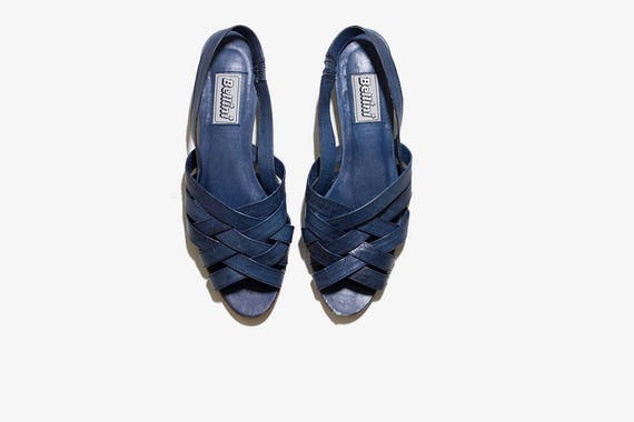 Vintage Leather Sandals 8.5 / Navy Leather Sandals / Woven Leather Sandals / Strappy Sandals / Slingback Sandals