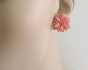 Vintage Earrings - Flower Earrings - Pink Earrings - Stud Earrings - handmade jewelry
