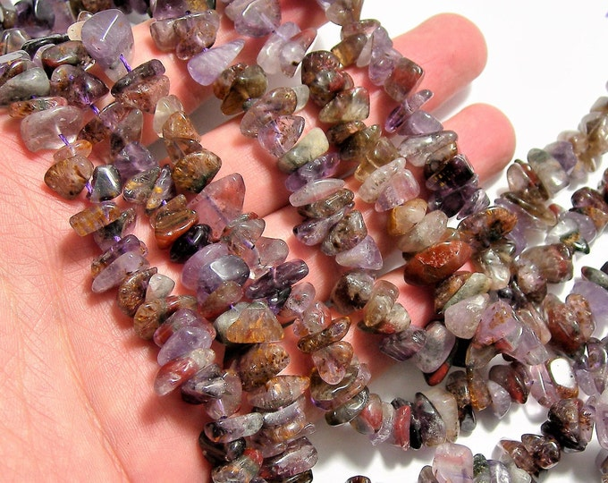 Super seven  - 10mm  chip stone - 16 inch strand - 95 beads - A Quality - PSC413