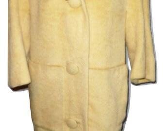 Vtg Llama Face 1950s Butterscotch Coat Made in England Sz XL