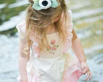 Seagull // Single Flower Headband or Alligator Clip, Carnation Felt Flower Accessories