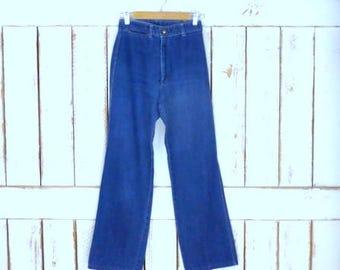 Vintage Lord Isaacs zipper fly high waist denim jeans/straight leg blue jeans/blue denim wash jeans