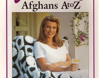 52 Afghans to Crochet Vanna's VANA WHITE A-Z Compilation of Fun and Creative Afghans HARDCOVER