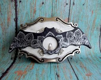 Gothic Bat Belt Buckle,fashion accessory,OOAK,functional art,collectible,Covington Creations