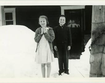 """Vintage Photograph """"The Christmas Greeters"""" Snapshot Foto Brother Sister Family Happy Holiday Seasons Greeting Found Old Photo Picture - 49"""