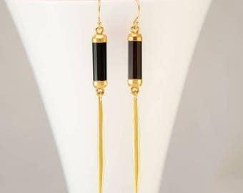 Black Onyx Long Gold Dangle Drop Earring - Minimal Jewelry - Spike Earrings - Long thin Gold Earrings - Needle Earrings - Modern Earrings