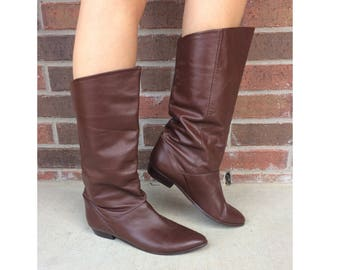 vtg 80s BROWN Tall RIDING Cuff BOOTS 10 flat pirate slouchy boho preppy leather shoes