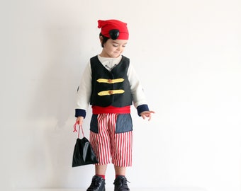 Pirate boys costume, boys costumes, carnival costume, pirate costumes, birthday costume, photo prop pirate, kids pirate, boys clothes, Italy