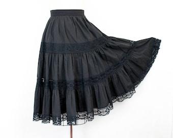 Vintage 1960s patio skirt . Starless Night . 1960s  prairie skirt . black patio skirt . three tiered skirt . md