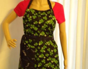 Apron, Full apron, Green Clover, Believe wording  on Black Reverse