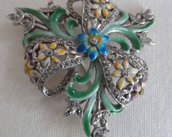 Enamel and marcasite very attractive 1940's brooch
