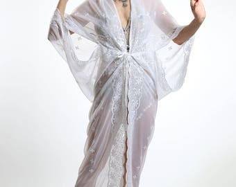 White Embriodered 1920's Deco Style Gown