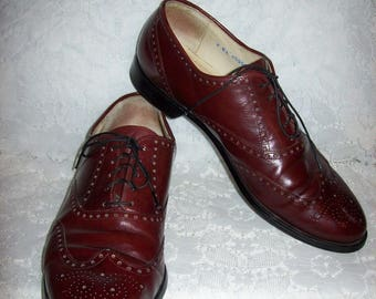 Vintage Men's Burgundy Brown Leather Wing Tip Oxfords by French Shriner Size 11 N Only 20 USD