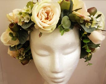 Rose flower crown, cream, peach roses, boho flower crown, bridal flower crown, flower hairpiece. Silk flower and foliage hair accessory.