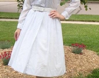 SWISS DOT SHIRTWAIST vintage dress with belt white and blue S 27 waist