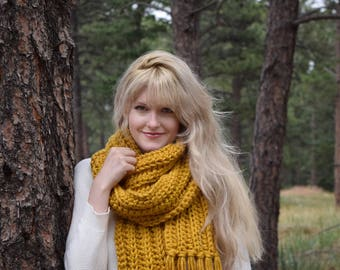 Mustard Knit Fringe Scarf, Womens Chunky Scarf Fall Fashion Scarf Crochet Scarf / Mustard Yellow Scarf With Tassels / Gift For Her