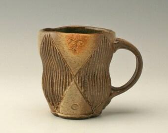 coffee mug with geometric carving, ceramic coffee mug with carving, coffee mug, carved mug, stoneware mug, unique mug, Shikha