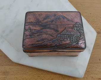 Small Vintage Copper Japanese Copper Box, Metal Trinket Box with Lid, Jewellery Box, Mt Fuji Japan
