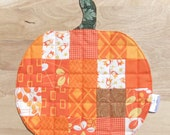 Halloween quilted coaster Pumpkin Patchwork quilted coaster Kids small quilted placemats Quilted snack mat quilted table topper Autumn