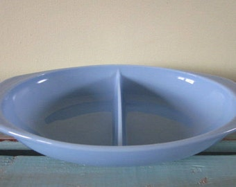 Vintage Pyrex Bluebelle Delphite Blue Divided Cookware Casserole Dish, Vintage Kitchen Collection