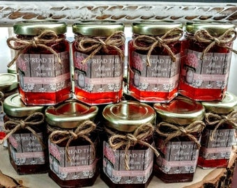 Custom Wedding Jams /2 oz Ea/Spread The Love/ Personalized wedding favor/Country Rustic Jam Favors / 50 Shower Favors