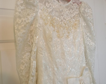 Stunning 1970s Wedding Gown Size 10 Made In USA Lots Of Lace And Sparkles