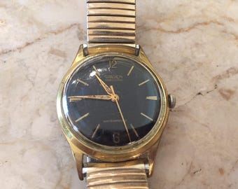 Rare Men's Gruen Watch, Vintage Black and Gold, Men's Watches, Vintage Men's Watch, manual wind, keeping time, FREE SHIPPING