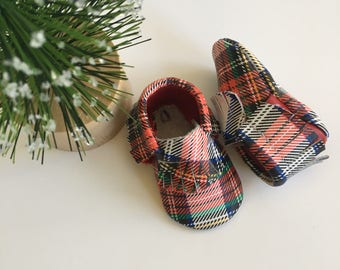 SALE...Plaid newborn moccasins