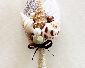 Beach Wedding Boutonniere-Rustic Wedding Boutonniere- Sea Shell Boutonniere-Mens Wedding Boutonniere-Groom's Accessories