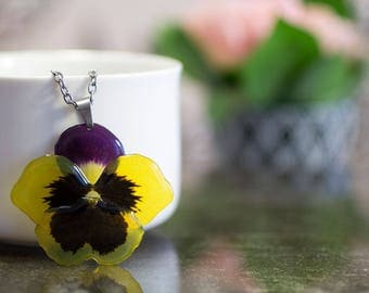 Pansy necklace. Comes in a jewellery box. Yellow flower necklace.