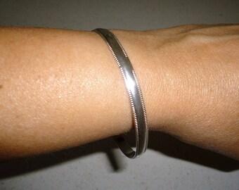 Silver Bangle Vintage Unmarked 11.6 Grams