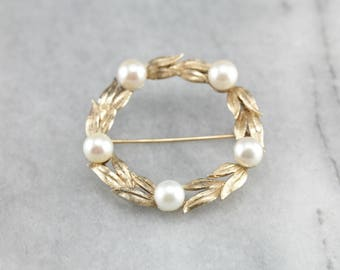 Vintage Pearl Wreath Pin, Yellow Gold Brooch, Circle Brooch, Bridal Jewelry U43N0Z71-D