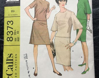 Vintage 1960s Two-Piece Dress in Two Versions Pattern // McCall's 8373, plus size 22 1/2, bust 43, XXL, XXXL > half size > Unused