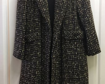 Lovely Thick Vintage Tweed 60s 70s Swing Wool Coat / Winter Coat / Large