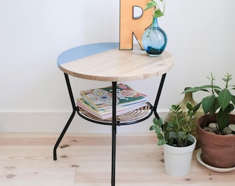 Germaine revisited Roundtable *-base metal and rattan - VINTAGE - recycled furniture