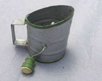"1950s Vintage Miniature Sifter w/Green Wood Handle, Tin Metal, Primitive Green Wood handle, Rustic Kitchen Gadget ,Mini Utensil, Mini 2"""