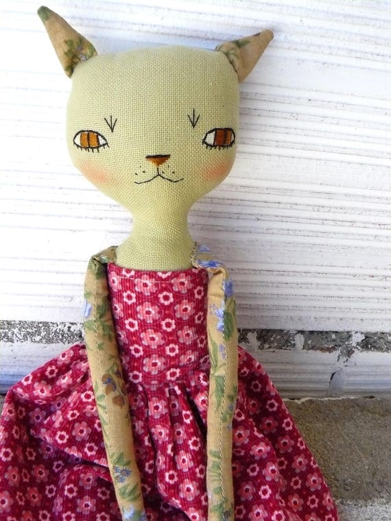 Cat doll in cotton and linen canvas.  35 cm.
